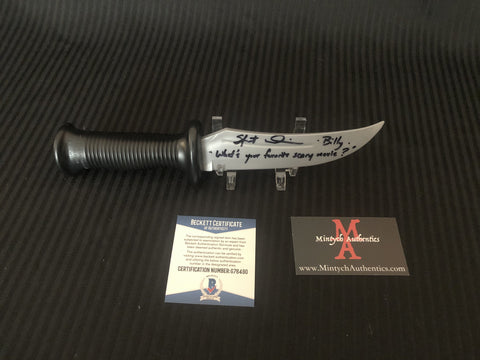 SU_56 - Rubber Prop Knife Autographed By Skeet Ulrich