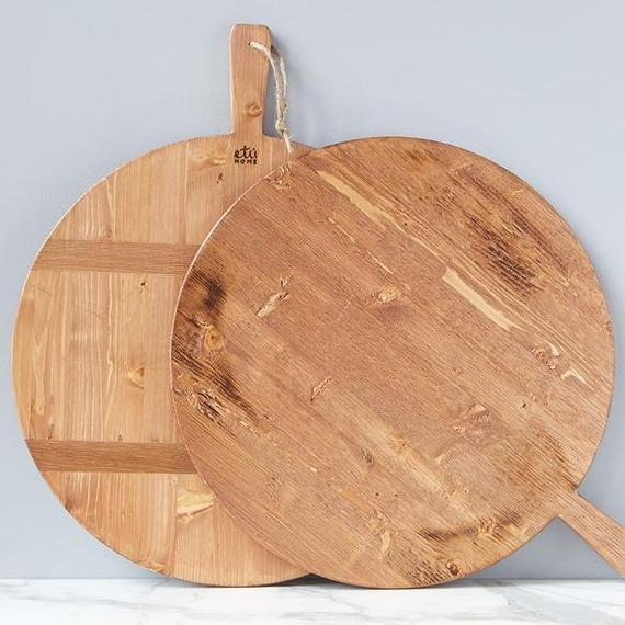 Round Pine Natural Plain Charcuterie Board with Handle for Kitchen and serving platter
