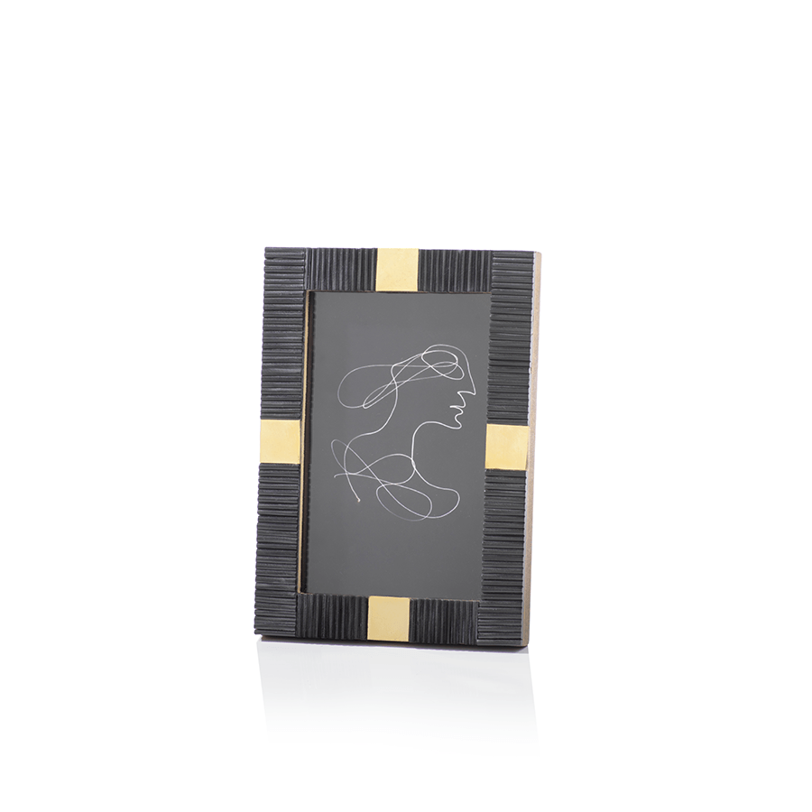 Maha Zodax 4 x 6 black and brass modern photo frame designer