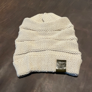 White Waffle Ladies Beanie - Green Patch