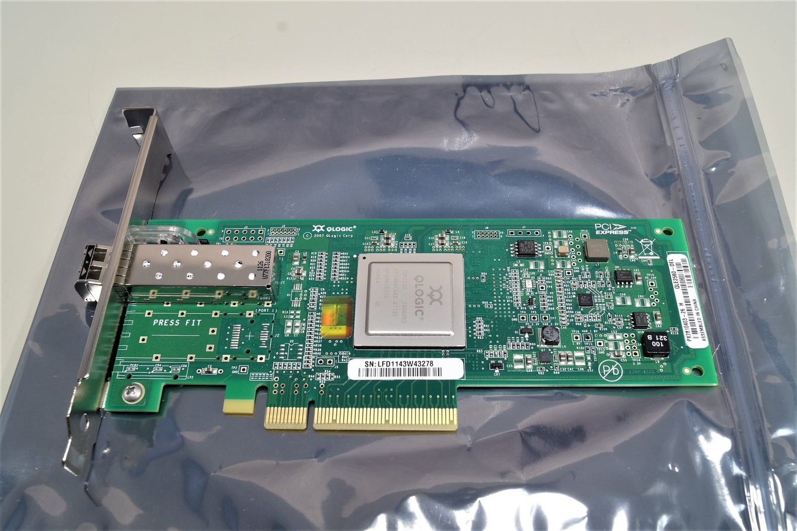 QLogic QLE2560 Dell 8Gb FC Fibre Channel Host Bus Adapter