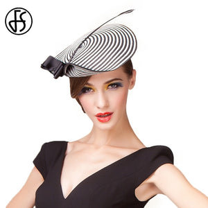 Daring Black & White Fascinator