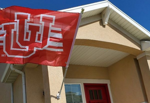 Interlocking U of U Flag w/ Stripes