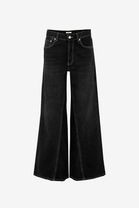 Black wide-leg jeans with high waist