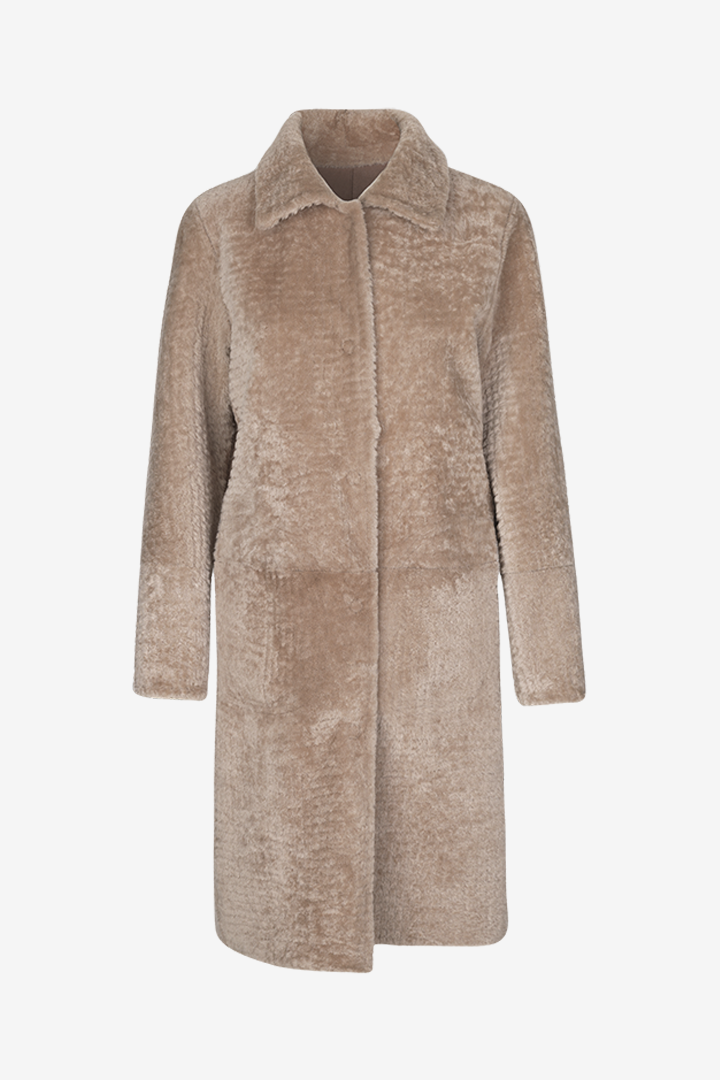 Birger Christensen Odelia Shearling lamb coat in Mauve Shadows