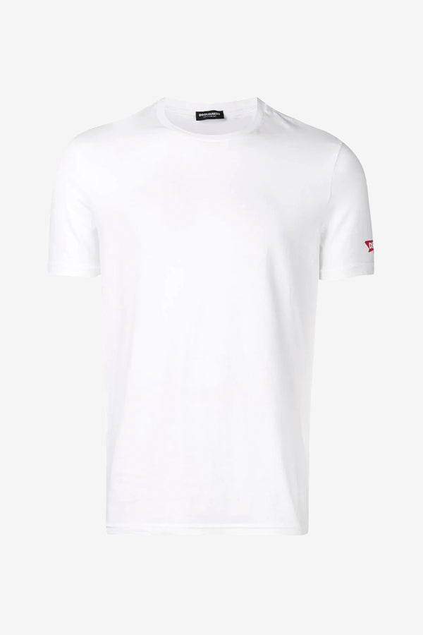 White t-shirt with classic fit and little red logo on the left sleeve