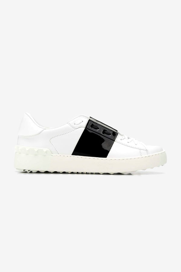 Calfskin sneakers with rubber sole and black detail