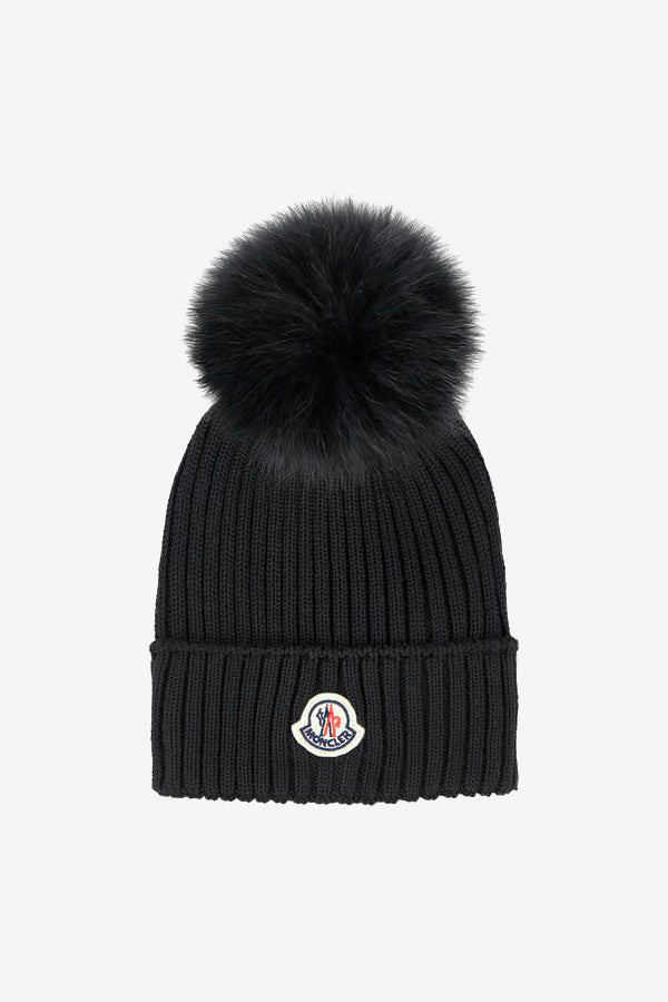 Moncler hat with front logo