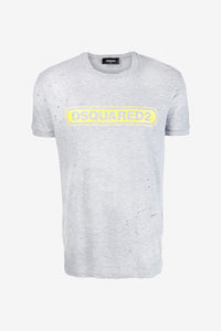 Ripped and stained grey t-shirt with yellow logo short sleeves