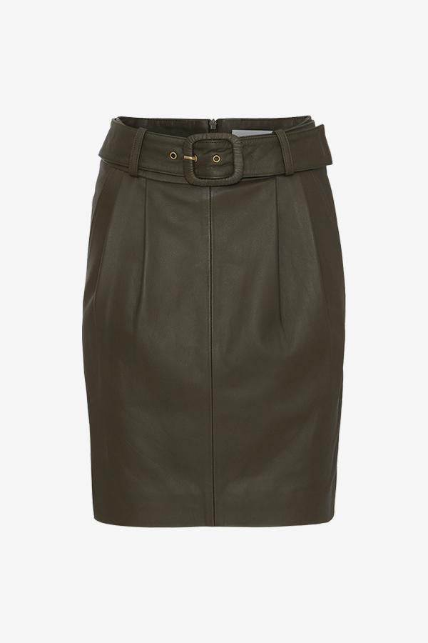 Midi-length leather skirt with waist belt