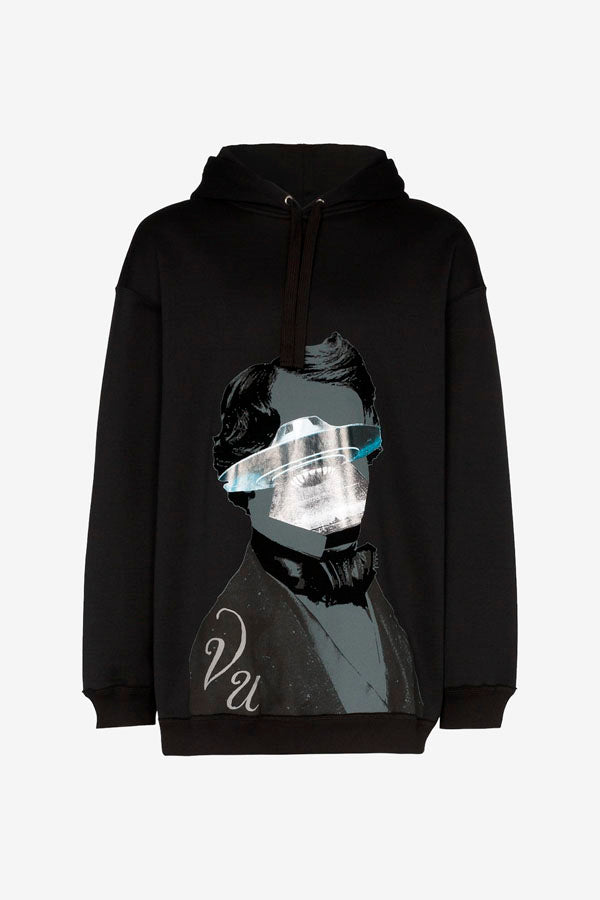 Drawstring hoodie in black, with a large front facing  graphic print, with a face and a UFO in grey.