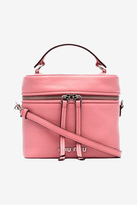 Pink leather bag with zipper