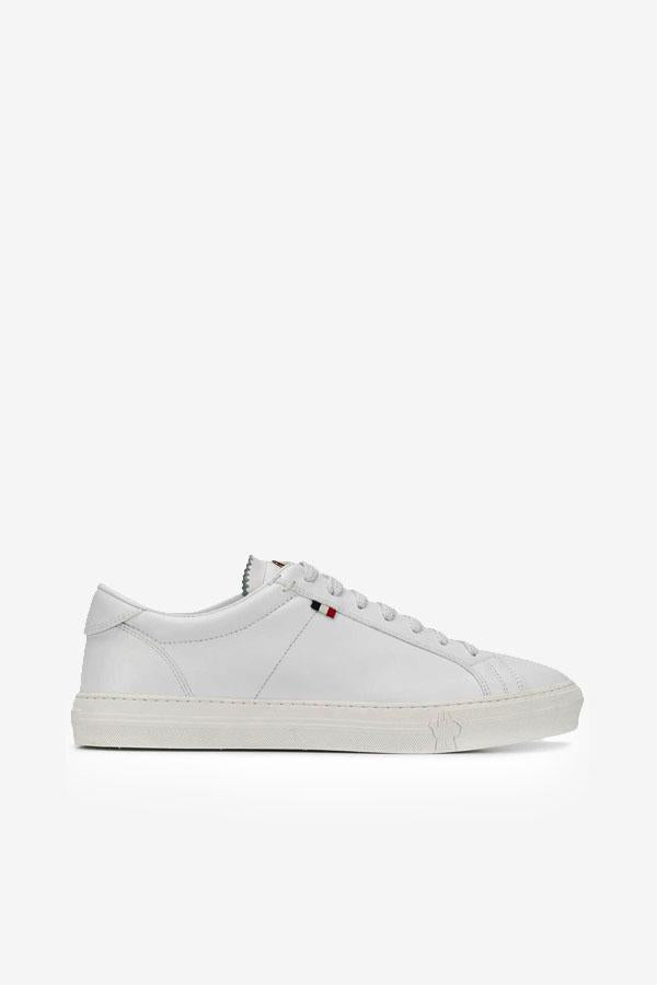 White leather sneaker with white sole