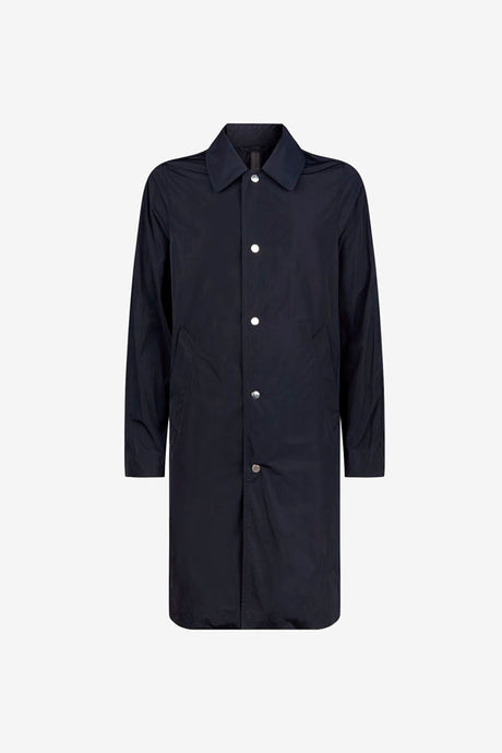 Timeless raincoat with press button closure