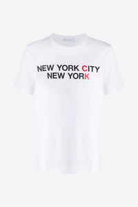 Short sleeve t-shirt in white with a black and red New York print.