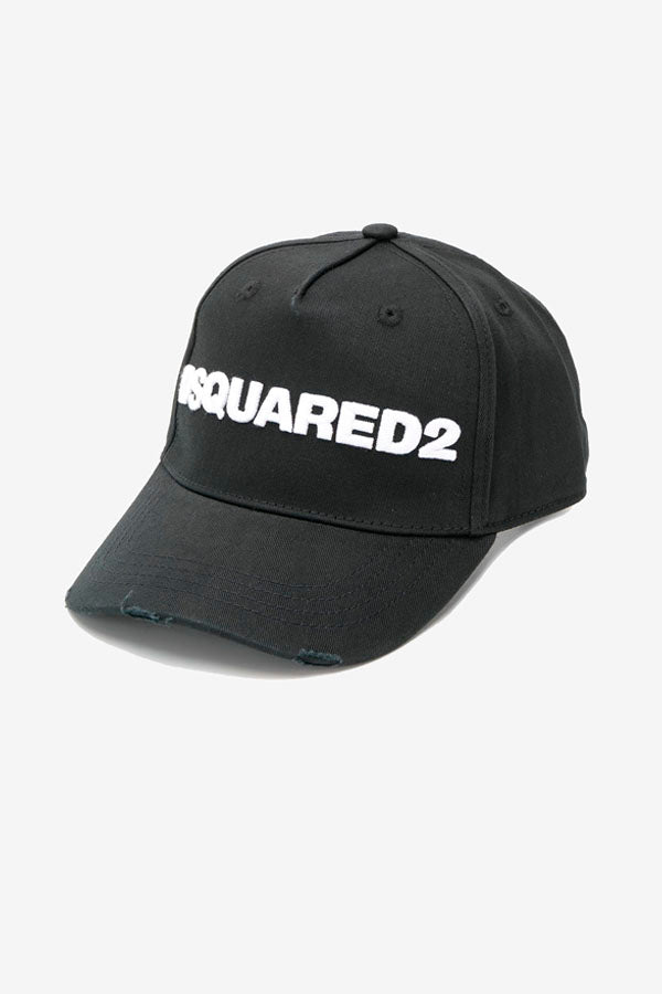 Black cap with worn look, and large DSQUARED2 logo in white.