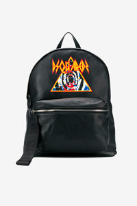 Backpack in black leather with a smaller zipper compartment on the front. In the middle of bag is a DSQUARED2 graphic logo in multi color.