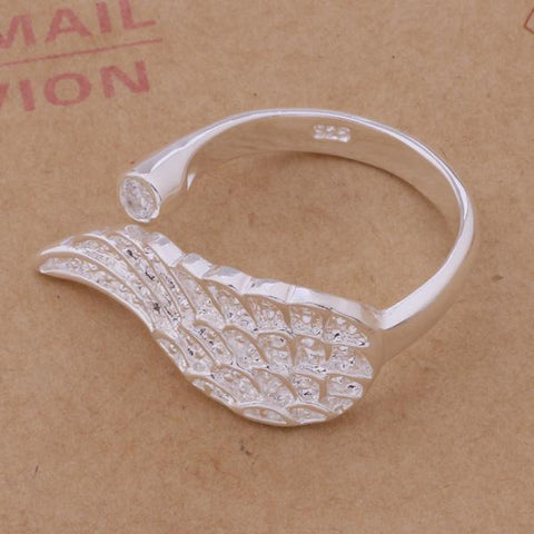 Lovely Wings Ring