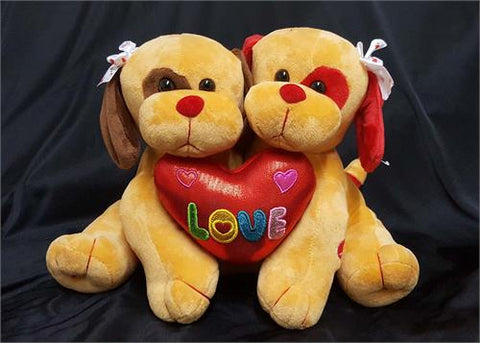 10 Valentine Musical Couple Hugging Dog Brown (12 Pieces)