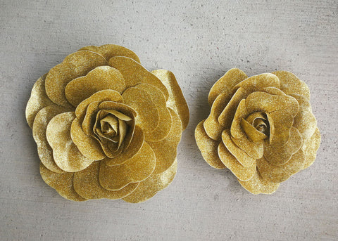 "12"" & 16"" Foam Backdrop Flowers with Glitter Gold  (2 Pieces)"