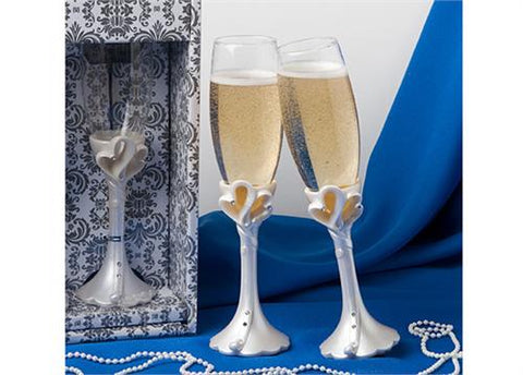 Interlocking Hearts Design Champagne Flutes