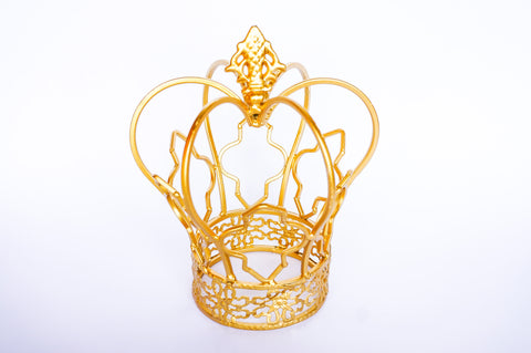 Gold Color Metal Wire Crown Stand Party Decoration Centerpieces (1 Piece)