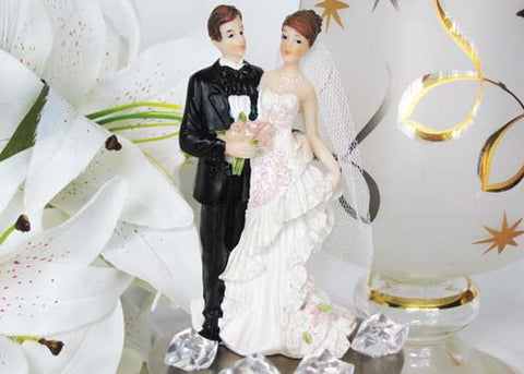 7 Poly Resin Wedding Cake Topper Couple with Flower Bouquet (1 Piece)