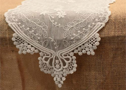 White Lace Table Runner (1 Piece)