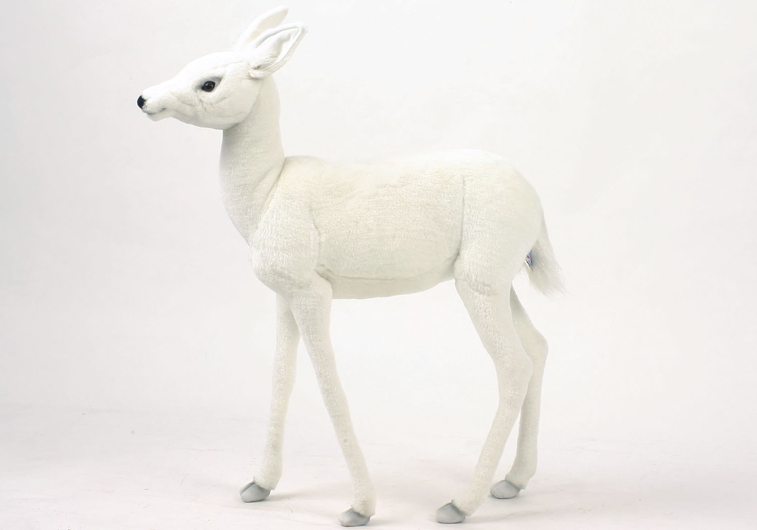 Reindeer, Baby White 29'' - UNQFurniture