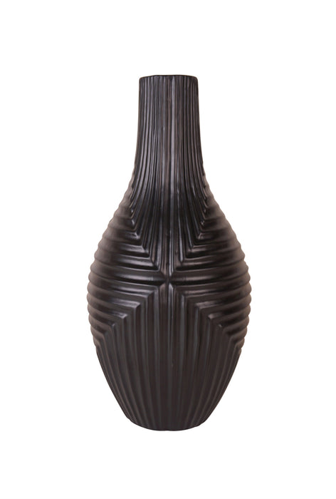 Well-Designed decorative Ceramic Vase, Brown