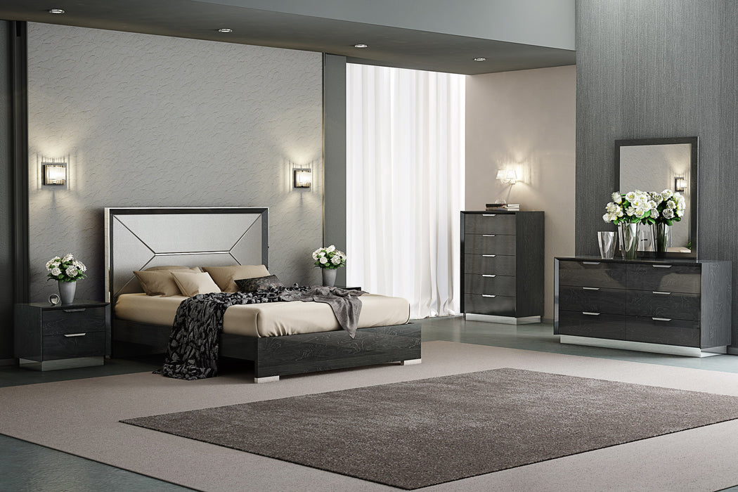 Whiteline Modern Living - Navi Queen Bed - UNQFurniture