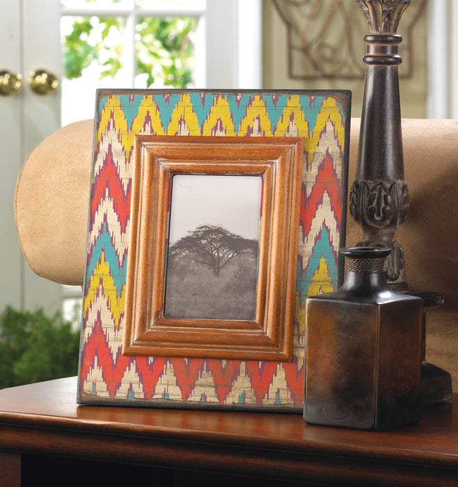Ikat Chevron Wood Photo Frame 4 x 6 - UNQFurniture