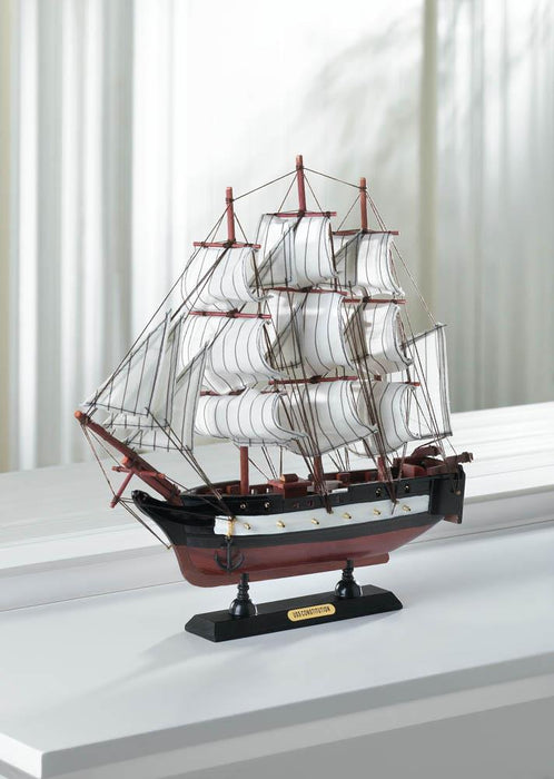 USS Constitution Ship Model - UNQFurniture