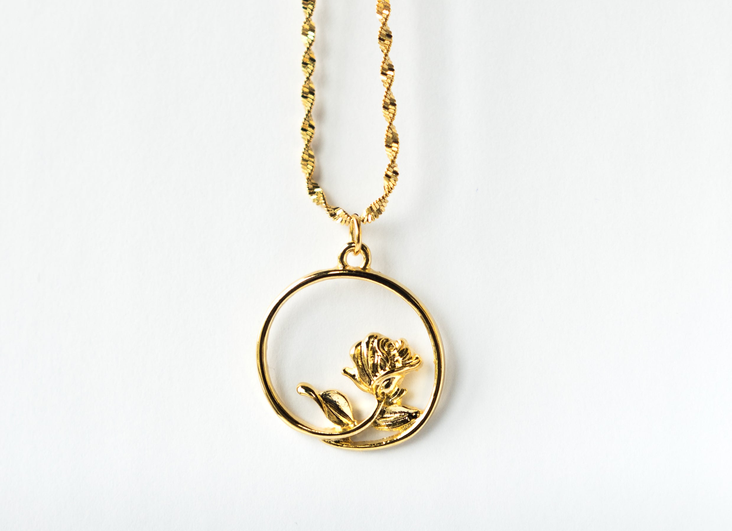 The Gold Rose Pendant The Glared