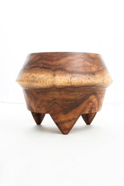 wood tripod planter