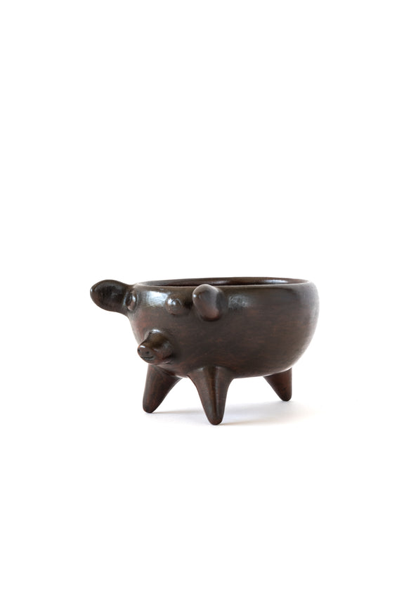 hand burnished clay pig bowl