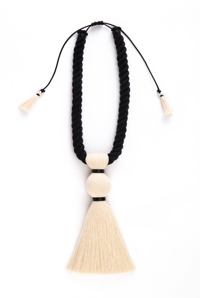 Caralarga Bruja cotton fringe necklace in black and white