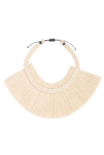 Caralarga Crin de Reina natural fiber necklace
