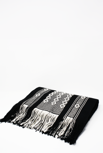 Valle II Table Runner