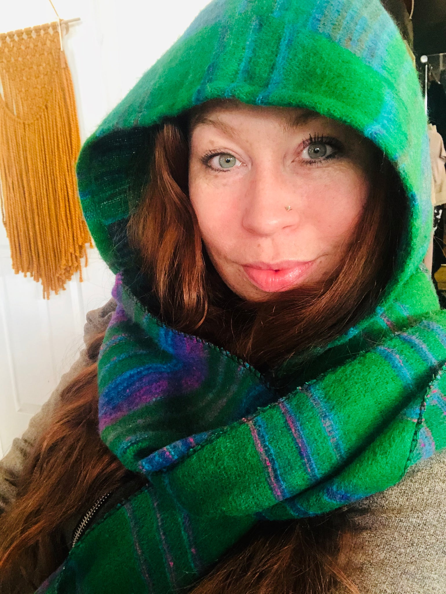 Hooded Scarf Green w/ Stripes