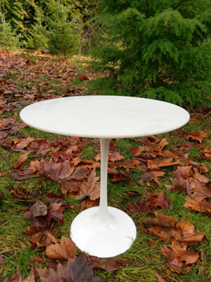 Side Tulip Table Review