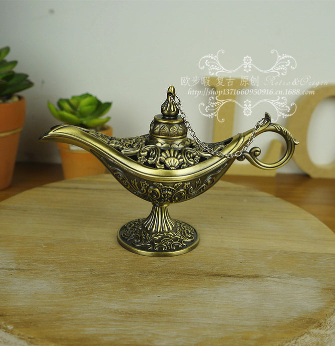 Russia  Aladdin Metal Tin Silver Bronze Magic Lamp Tea Pot Genie Vintage Retro Home Decor Accent