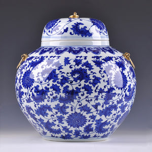 Jingezhen Chinese Blue whit  Vase Floral Accent Home Decor  Classical Collectable Floral Patterned