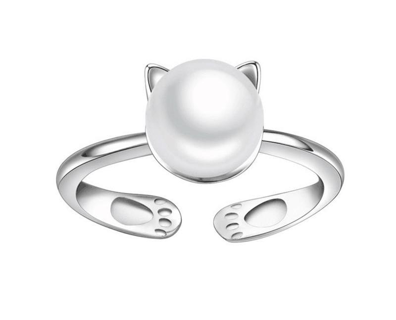 Sterling Silver and Pearl Cat Ring