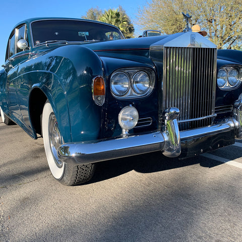 Palm Springs Lucille Ball Rolls Royce Silver Cloud III front close-up