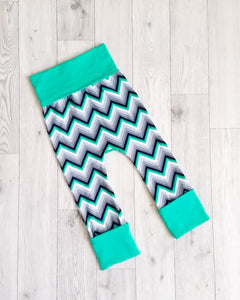"""Chevron"" Grow-with-me Pants"