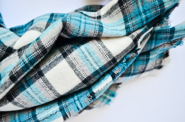 turquoise-blanket-scarf