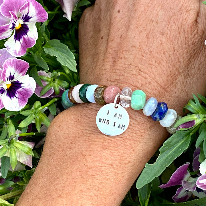 I am who I am Affirmation Bracelet. Mindfulness Bracelet with a Mix of Semi-Precious Chakra Healing Stones.