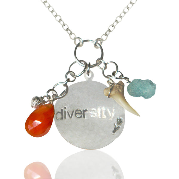 DIVERSITY Shark Lover Travel Necklace with various Charms