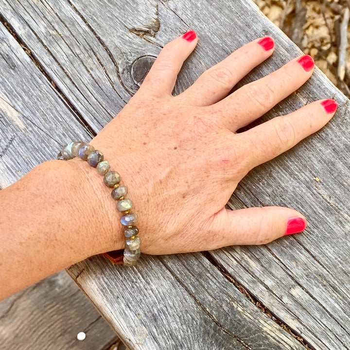 Serenity Bracelet: Labradorite for a Positive Change in Your Life
